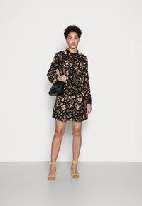 Anna Field - BELTED BLOUSE DRESS - Skjortekjole - black/lilac - 1