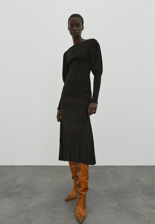 Gebreide jurk - schwarz