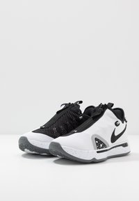 Nike Performance - PG 4 - Zapatillas de baloncesto - white/black/pure platinum - 2