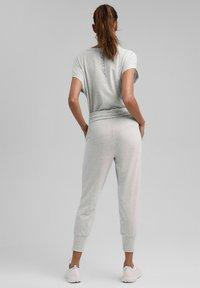 Esprit Sports - FASHION - Tracksuit bottoms - light grey - 2