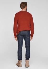 s.Oliver - SLIM: SLIM LEG - Slim fit jeans - dark blue - 2
