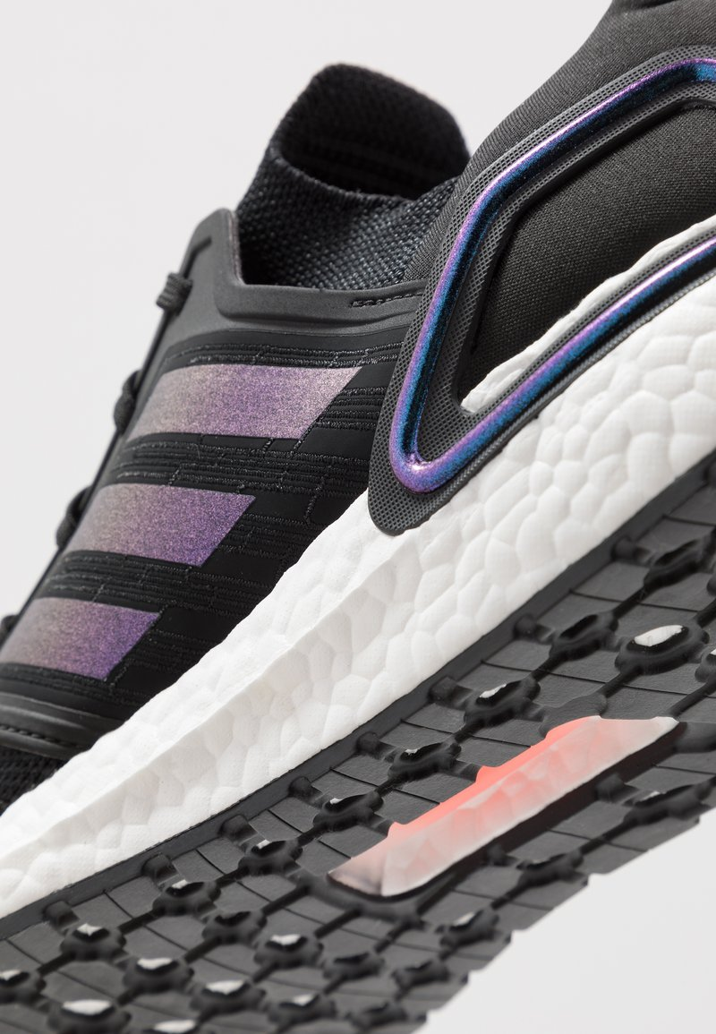 dirigir Ecología Pisoteando  adidas Performance ULTRABOOST 20 PRIMEKNIT RUNNING SHOES - Zapatillas de  running neutras - core black/footwear white/negro - Zalando.es