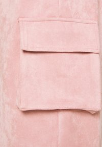 Missguided - TEXTURECARGO JOGGER - Tracksuit bottoms - pink - 2