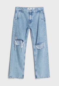 Bershka - MIT RISSEN - Jeans Straight Leg - blue denim - 5