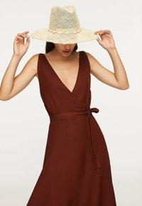 OYSHO - Day dress - brown - 3