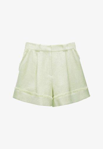 Shorts - light green