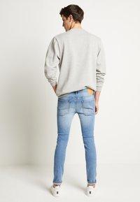 Jack & Jones - JJILIAM ORIGINAL  - Jeans Skinny Fit - blue denim - 3