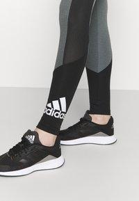 adidas Performance - Collants - grey/black/white - 3