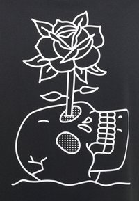 Nike SB - DARKNATURE TEE UNISEX - Print T-shirt - black - 2