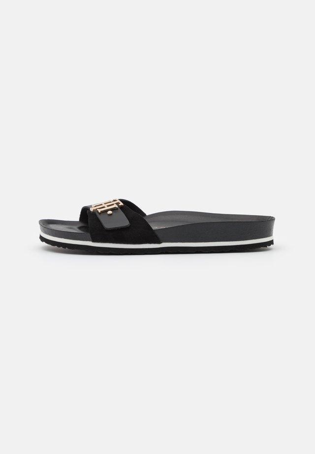 MOLDED FOOTBED  - Muiltjes - black