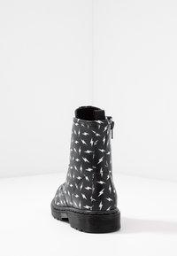 shoeb76 - Šněrovací kotníkové boty - black - 4