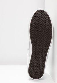 Rubi Shoes by Cotton On - PLATFORM JEMMA TOP - Høye joggesko - white - 6