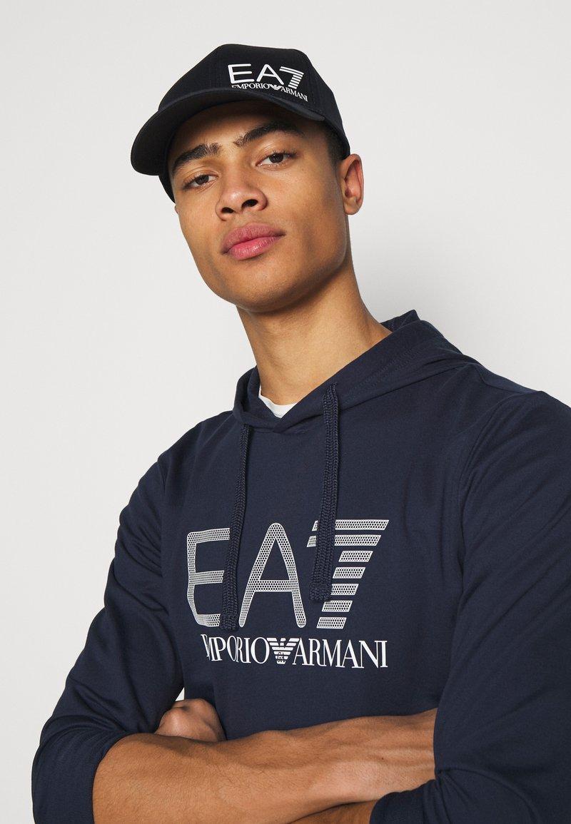 EA7 Emporio Armani - BASEBALL HAT UNISEX - Cap - navy