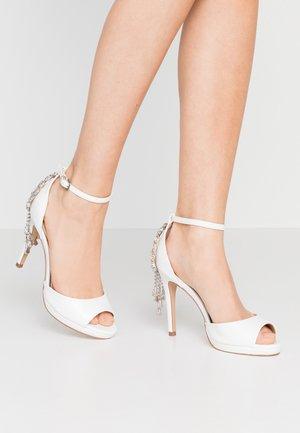 LACEY - Sandaler med høye hæler - white