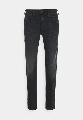 ANBASS BIO - Slim fit -farkut - dark grey