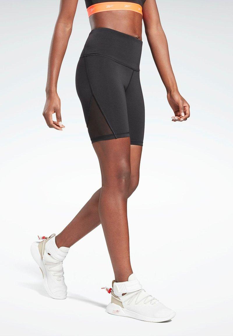 Reebok - STUDIO SHORT LEGGINGS - Shorts - black