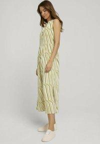TOM TAILOR - Day dress - green watercolor stripe - 1