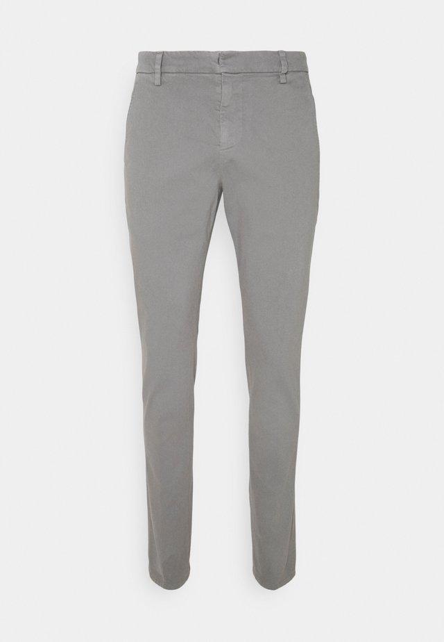 PANTALONE GAUBERT - Chino - grey