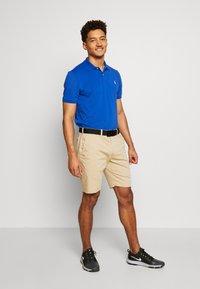 Polo Ralph Lauren Golf - GOLF ATHLETIC SHORT - Sportovní kraťasy - classic khaki - 3