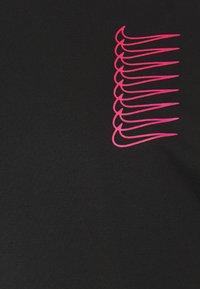 Nike SB - TEE INTERNATIONAL UNISEX - Camiseta estampada - black - 2