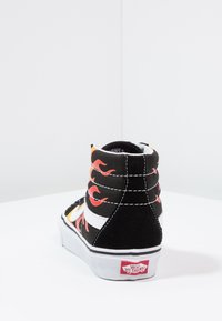 Vans - SK8-HI REISSUE - Zapatillas altas - black/true white - 3