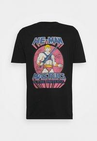 Nominal - MAN TEE - Print T-shirt - black - 0