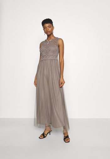 VILYNNEA MAXI DRESS - Occasion wear - fungi