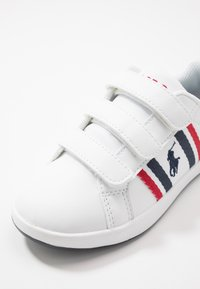 Polo Ralph Lauren - OAKLYN - Sneakers laag - white/navy/red - 2