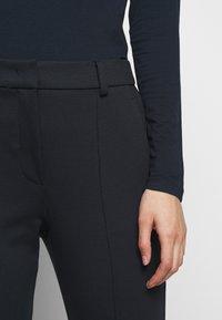 WEEKEND MaxMara - Kalhoty - ultramarine - 4