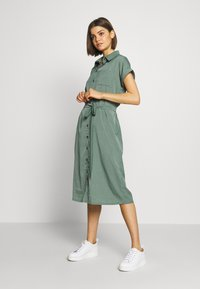 ONLY - ONLHANNOVER SHIRT DRESS - Blousejurk - laurel wreath - 1