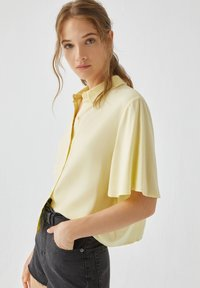 PULL&BEAR - Button-down blouse - yellow - 3