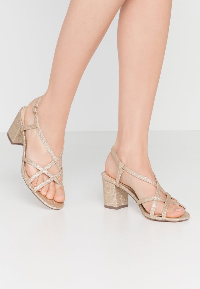 SILENCESTRAPPY BLOCK - Sandals - gold