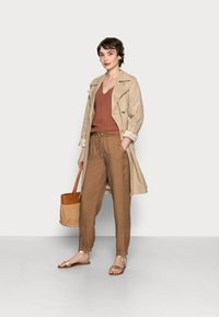 Opus - MABOU - Trousers - maple - 1