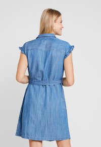 Mavi - SHORT SLEEVE DRESS - Jeanskleid - light indigo - 3