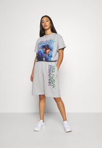 NEW girl ORDER - TIE DYE SPORT - Pantalones deportivos - grey - 1