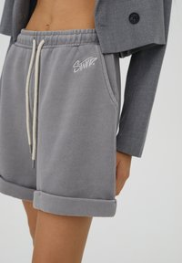 PULL&BEAR - Shorts - grey - 3