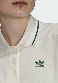 adidas Originals - TENNIS LUXE POLO ORIGINALS - Polo shirt - off white - 4