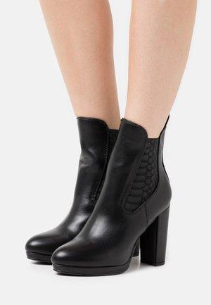 MICAIAH - Kotníková obuv na vysokém podpatku - black