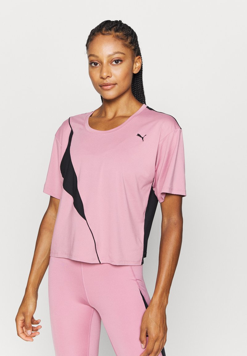 Puma - TRAIN PEARL TEE - Sports shirt - foxglove/black