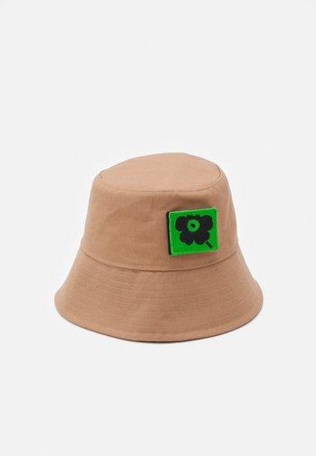 KIOSKI NURMIKOLLE HAT - Hat - brown
