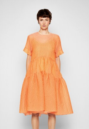 EXAGGERATED COCOON DRESS - Cocktail dress / Party dress - cantaloupe orange