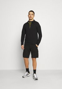 Only & Sons - ONSMIKE LIFE CARGO - Shorts - black - 1
