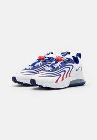 Nike Sportswear - AIR MAX 270 REACT UNISEX - Zapatillas - white/concord/ember glow - 1