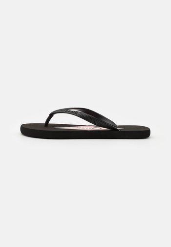 Pool shoes - jet black
