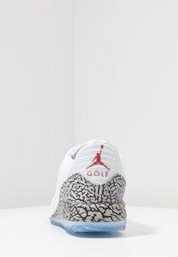 Nike Golf - Golfskor - white/fire red/cement grey - 3