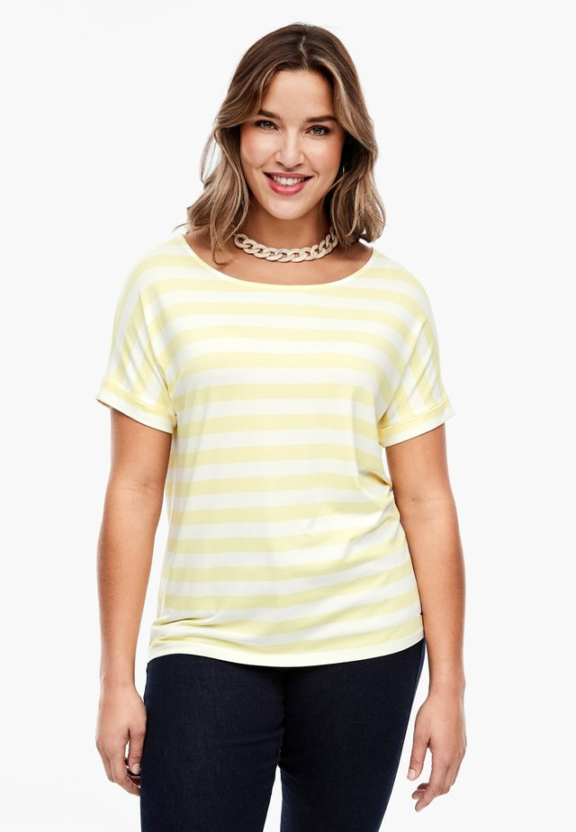 MIT STREIFENMUSTER - Print T-shirt - yellow