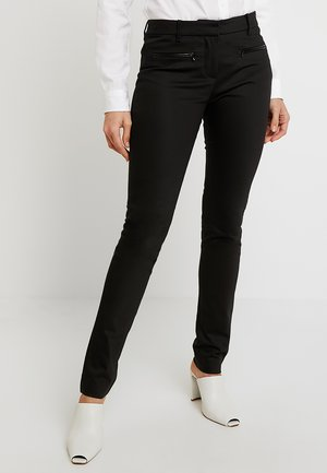 HERITAGE SLIM FIT PANTS - Tygbyxor - masters black