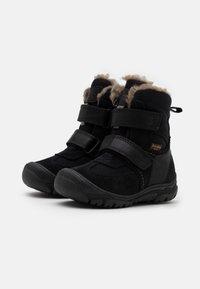 Froddo - LINZ TEX MEDIUM FIT UNISEX - Zimní obuv - black - 1