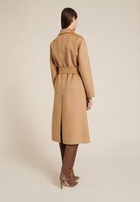 Luisa Spagnoli - SCUDO - Classic coat - cammello - 1