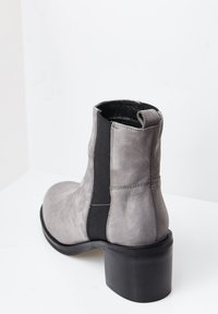 RISA - Classic ankle boots - grau - 3